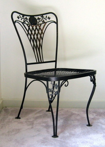 Vintage wrought iron woodard garden side chair portofino for Wrought iron cafe chairs