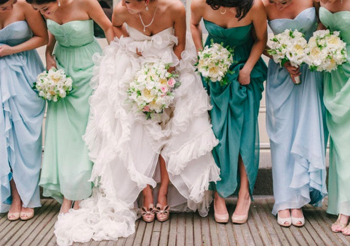 Stylish and Chic Bridesmaids Trends, Part 2 | Photo From Style Me Pretty | List of Trends by thebridaldetective.com