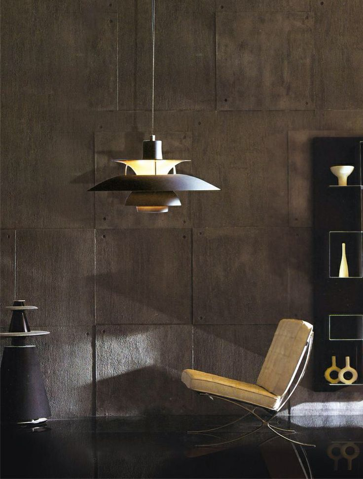 Tenemos la lampara Poul Henningsen, diseño del danés Louis Poulsen!
