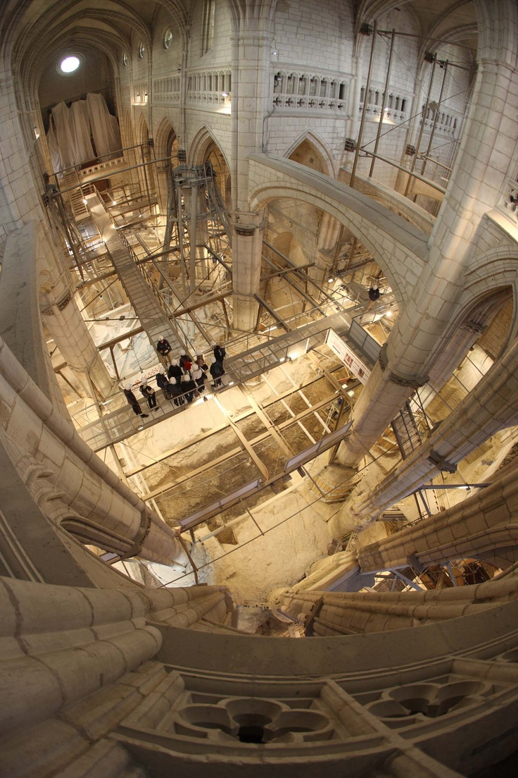 Saint Mary's Cathedral - Open for restoration work.