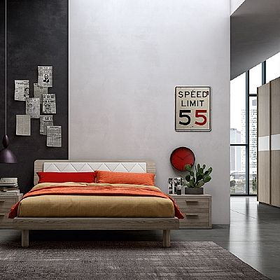 Beautiful wooden and modern 'Jim' bed. Great bed, high quality materials. Modern and contemporary design.