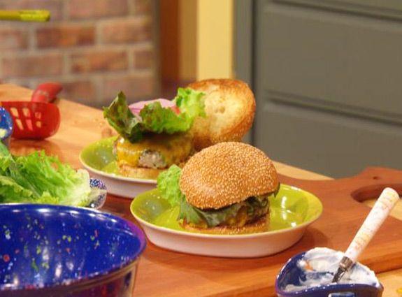 ... buffalo turkey burgers with blue cheese broccoli slaw buffalo turkey