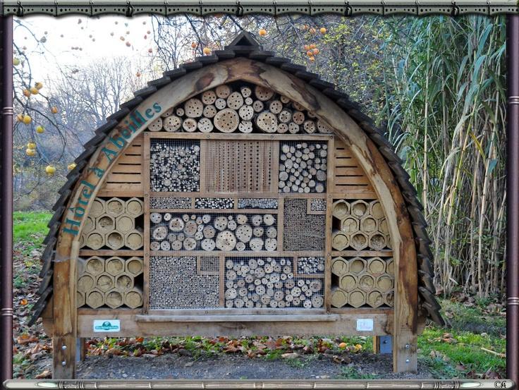 17 meilleures images propos de maison insectes sur pinterest jardins animaux et tuin. Black Bedroom Furniture Sets. Home Design Ideas