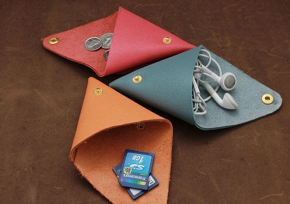 A cute little change purse in your purse! Great gift for Christmas, Mother's day, teachers, kids!