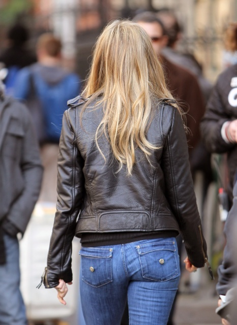 Jennifer Aniston Ass In Jeans