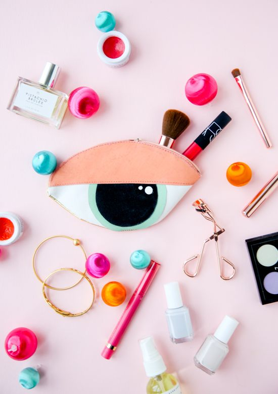 DIY eye clutch and makeup bag