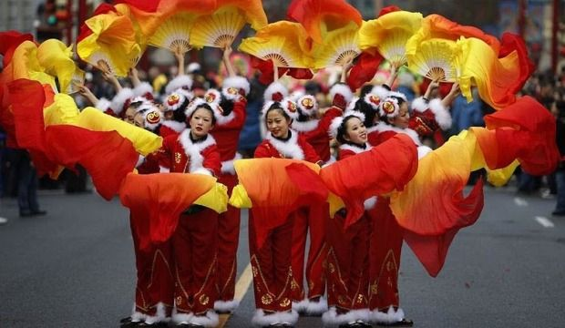 Visit Vancouver in Chinese New Year 2014 to experience biggest parade