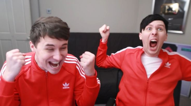 Answering correct on IS THIS THE END? Dan and Phil play THE IMPOSSIBLE QUIZ! 6