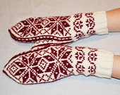 Norwegian Mittens in traditional Selbu Rose folk pattern Ethno style warm mitts in red and white