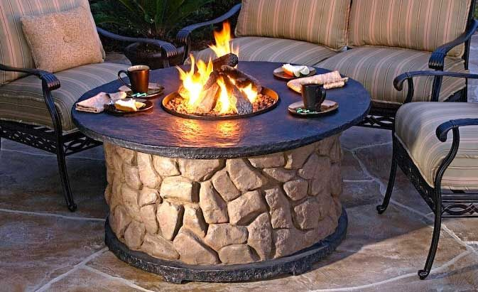 Get on my deck!!Fire Pits, Ideas, Backyards Fire Pit, Stones Patios, Fire Pit Tables, Outdoor Fire Pit, Outdoor Fireplaces, Fire Pit Design, Firepit