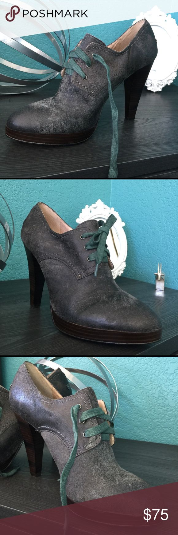 Frye Harlow Oxford Distressed Black Leather Shoes Excellent condition Frye Harlow shoes!  Never been worn!  They are a distressed black leather. Frye Shoes Heels