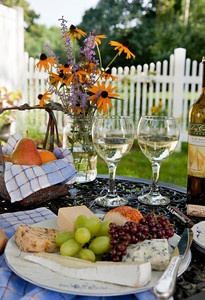 Fruit, cheese and wine.: Cheese Fun, Cheese Heavens, Fruit Cheese Win, Wine M, Wine Cheese, Good Book, Fine Wine, Wine What, Fresh Fruit