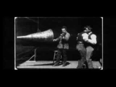http://kulturaaudiovisual.blogspot.com.es/search/label/Kinetoscopio  Inventos de Edison previos al cinematógrafo