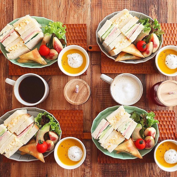 Sep.9 today's breakfast + 卵サンド ハムチーズキュウリサンド 南瓜のポタージュ 明太子クリームチーズ春巻き 生ハムアボカド 無花果 であさごはん + 今日は旦那さんと息子が大好きなサンドイッチ 明太子とクリームチーズと大葉を 三角に包んだ春巻き 娘と息子のお気に入りになり 今月末の運動会のお弁当にリクエストされました♡ + 梅シロップ酵母が不調で低迷してたパン作り 待ちに待ったレモン酵母とプラム酵母が 完成したのでさっそく焼いてみよっ🍞 ご近所さんからりんごをたくさんもらったので アップルパイも作りたいな🍎 + #おうち#おうち時間#おうちじかん#おうちごはん#あさごはん#朝ごはん#breakfast#朝時間#サンドイッチ#sandwitch#南瓜のポタージュ#かぼちゃのポタージュ#おうちカフェ#おうちcafe#スタジオエム#スタジオm#fucca#weck#lin_stagrammer#delistagrammer#デリスタグラマー#foodstagram#cookingram#foodpic#日々