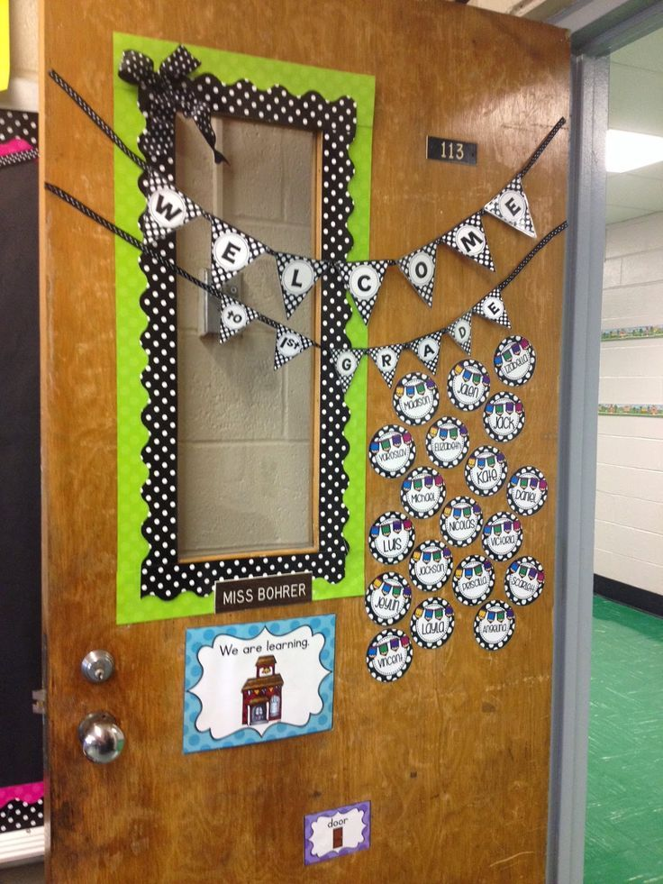 Erica's Ed-Ventures: Black & White Polka Dot Plus Brights Classroom Reveal - Welcome Door Decor