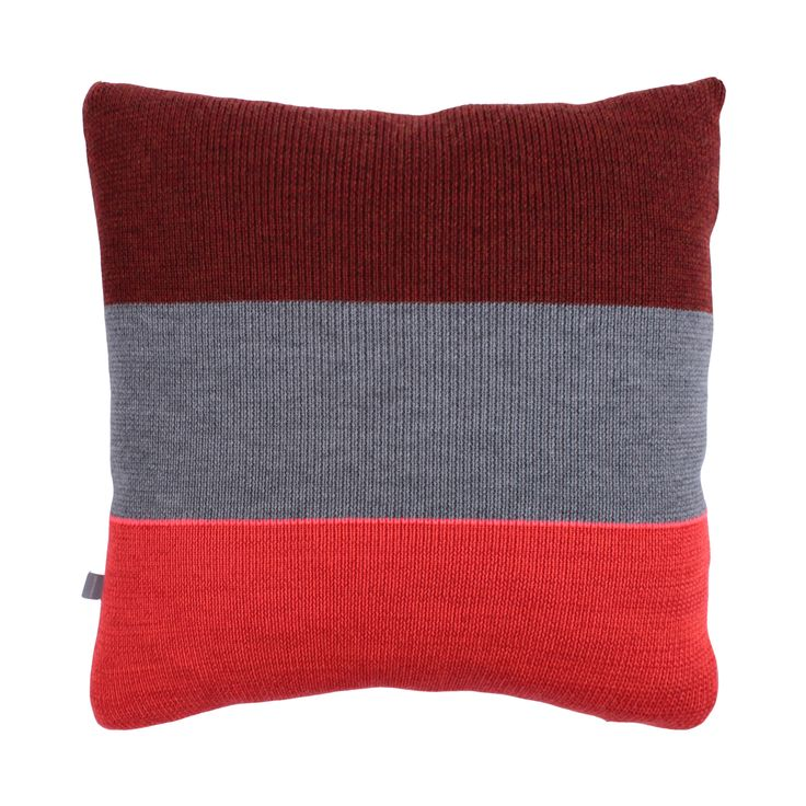 Strictly Knit Cushion 2-002-003  Product materials: 95 % wool / 3 % viscose / 2% pl. Dimensions: 45x45 cm (18x18 inch).  Care: Clean or hand wash at 30c degrees (86f).