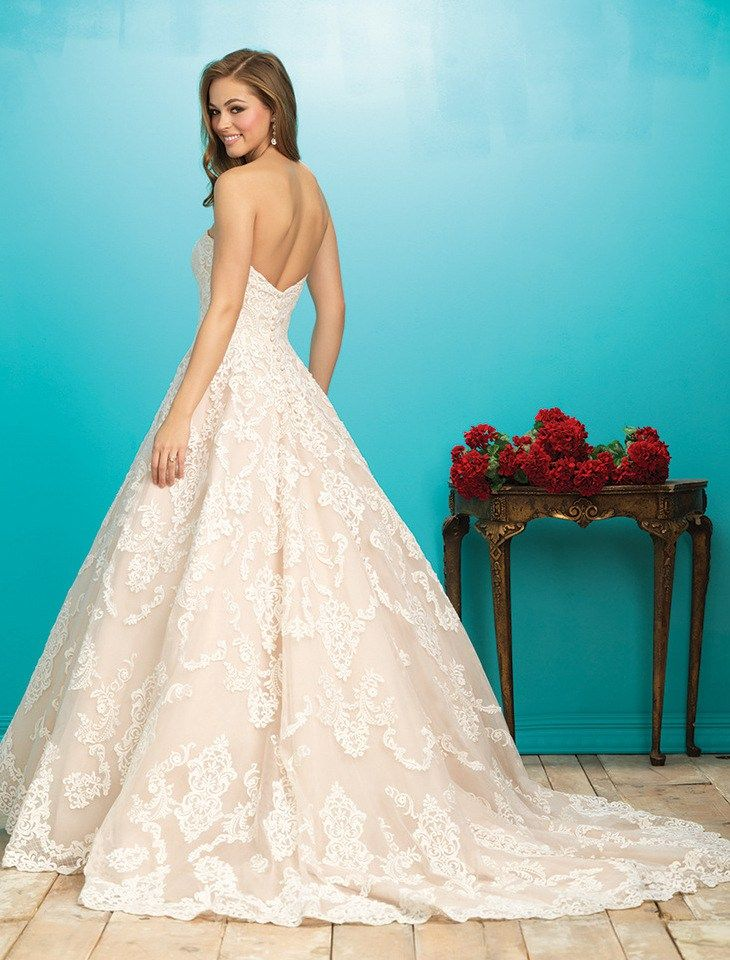 abito da sposa rosacipria blushpink weddingdress Allure Bridals available at www.momentisposi.it