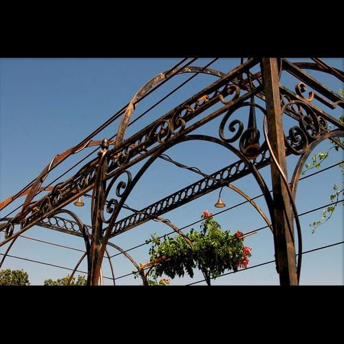 Directoire gazebo - French Ironwork - Provence - Traditional & Contemporary - Avignon - La Forge