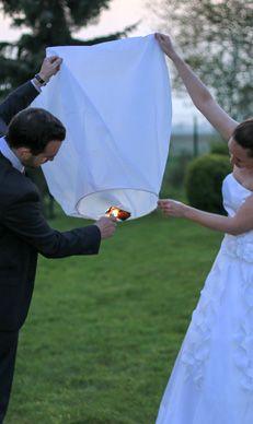 Lanterne Volante Lucilea blanc - Lanterne volante pas chere - SkyLantern.fr