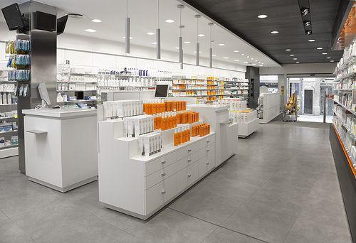 Farmacia Cogul Store & Retail Design | MobilM Torredembarra (Tarragona)