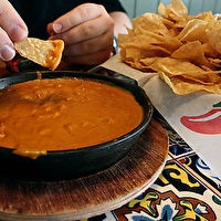 Chili's Skillet Queso! Yay, now I can make it at home.