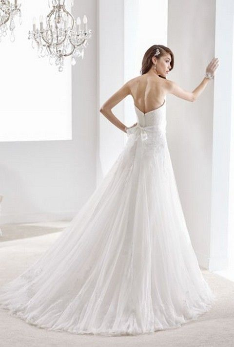 SV44b Svadobné šaty Nicole Svadobný salón Valery