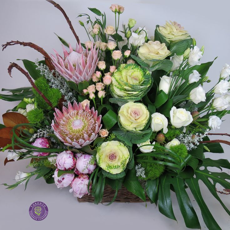 #sympathy #torontoflorist Funeral flowers for our amazing customer!