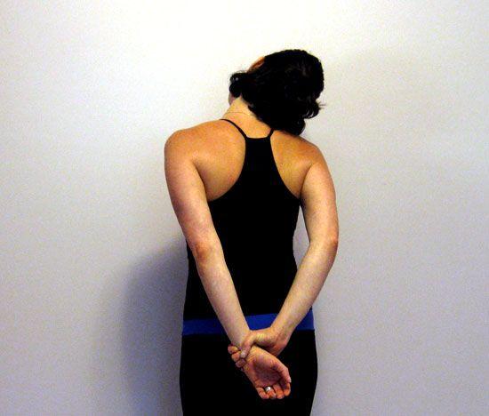 Stiff Neck Rx by fitsugar: Behind the Back Neck Stretch #Stiff_Neck