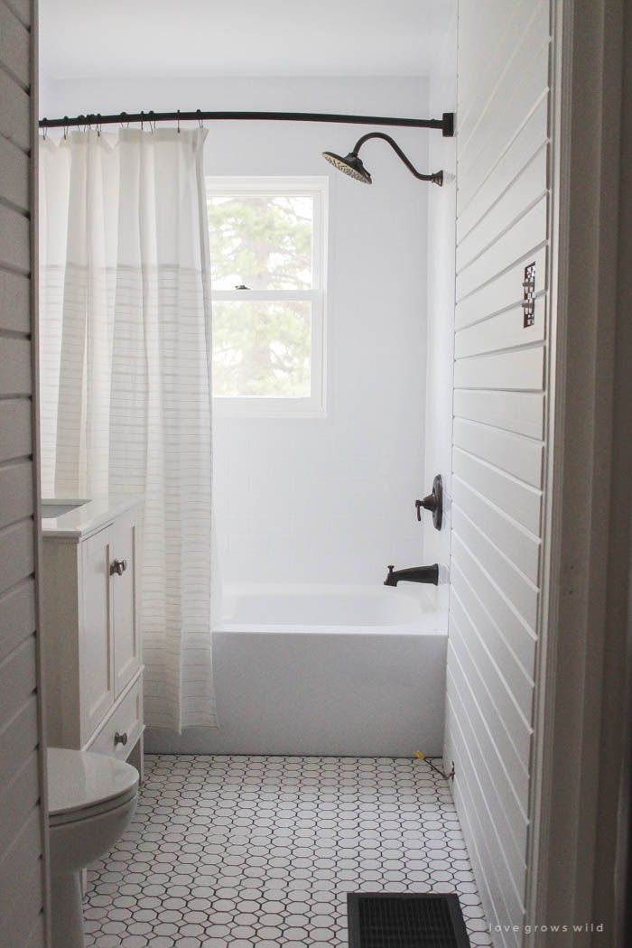 Best 25 farmhouse shower curtain ideas on pinterest - Small half bathroom tile ideas ...