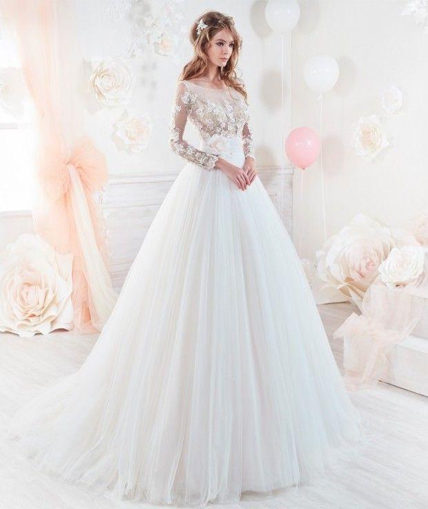 original, diferente y romántico vestido de novia con manga francesa