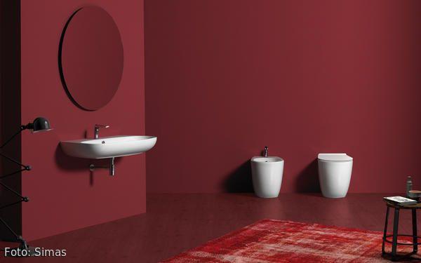 SIMAS ist Hersteller für italienische Badkeramik und unterstreicht individuelle Badplanungen mit dem ausgefallenen Design der Sanitärprodukte. Das vielfältige Programm setzt sich aus verschiedensten Waschtischen zusammen die für die Wandmontage oder den Aufsatz auf Konsolen geeignet sind. Passende Toiletten runden die Linien zu einem formschönen Gesamtpaket ab.