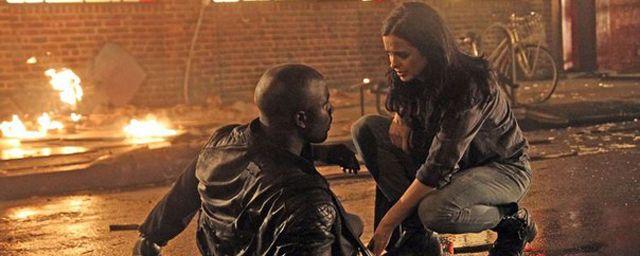 Netflix lancera une série Marvel tous les 6 mois et Jessica Jones fin 2015 - News Série Tournages - AlloCiné