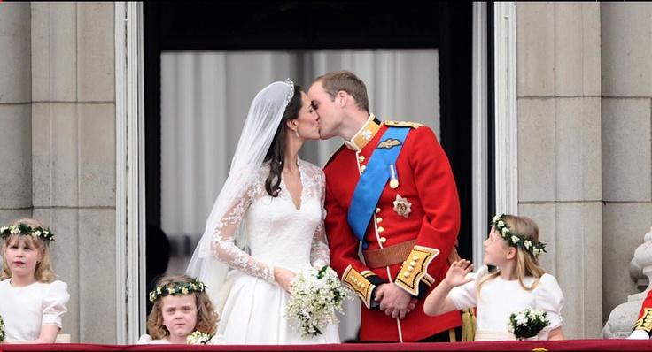 The Kiss seen around he world!!!