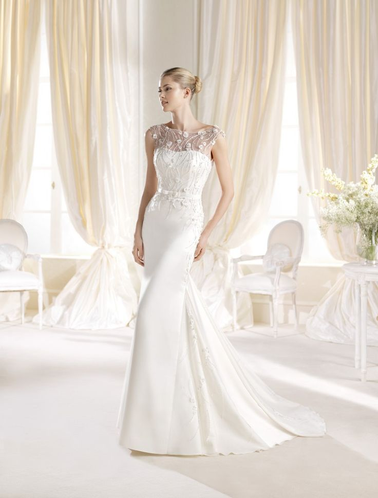 Slinky, stylish and just a bit more - Wedding Dresses Dublin, Designer dresses, Maids Gowns, Bridal Gowns for Dublin, Louth, Meath, North Dublin and IrelandWedding Dresses Dublin, Designer dresses, Maids Gowns, Bridal Gowns for Dublin, Louth, Meath, North Dublin and Ireland