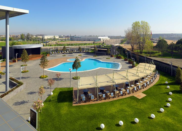 Sheraton Bursa Hotel / Shine Spa Bursa Outdoor Pool 2