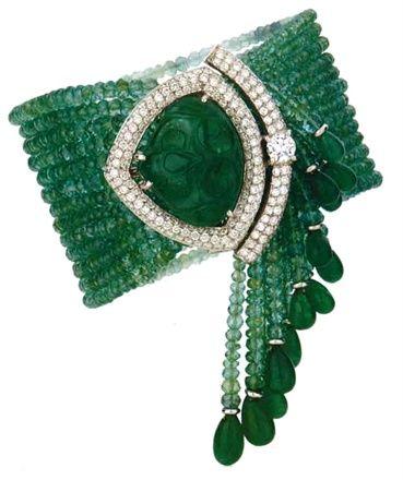 Creator: Ruth GriecoStone(s): Emerald, DiamondMetal: UnknownSource: Italian Vogue