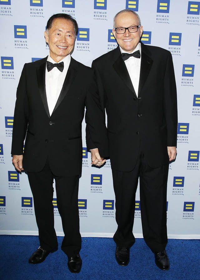 15 Eşcinsel Ünlü ve Eşleri http://www.stilstil.com/unluler/15-escinsel-unluler-ve-esleri/