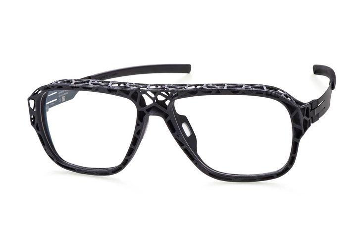 """Das ic! berlinInnovation Lab hat mit der """"I see exoskeleton"""" das Potenzial3D-gedruckter Brillen ausgearbeitet. Das innovative Scharnier der ic! berlin Brillen wurde durch den neuen Pr…"""