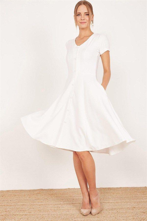 Kadin Beyaz Onu Dugmeli Midi Boy Klos Elbise 19y525081r01 Kadin Giyim Kadin Elbise