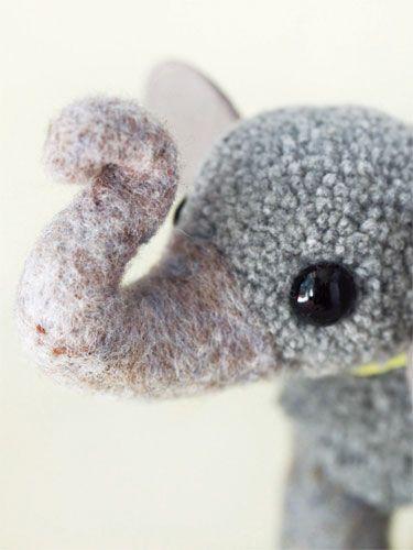 Pompom Elephant - How to Make Pompoms