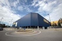 Agenzia viaggi vende la visita guidata all'Ikea di Padova
