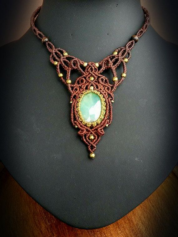Hey, I found this really awesome Etsy listing at https://www.etsy.com/pt/listing/272945156/macrame-necklace-with-chrysoprase