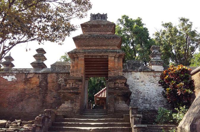 Half-Day Yogyakarta Cycling Tour to Kota Gede