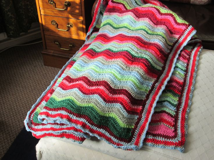 Ripple blanket from Attic 24's so useful site. It's a bit wonky, but I'm getting better at them now.