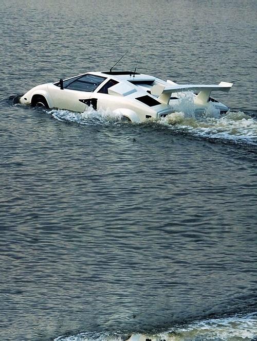 ♂ Futuristic transportation Amphibious Lamborghini Countach