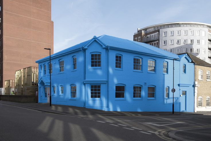 blue house yard london designboom