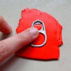 Polymer Clay (27). Miniaturen mit einer Dose können Lasche ziehen.