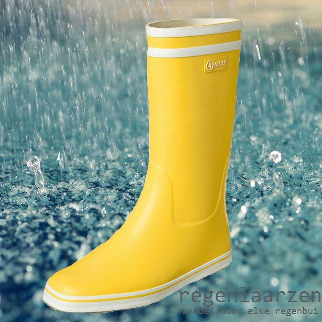 In het Nederlandse en Belgische klimaat is regenkleding en laarzen een must, of we dit nu leuk vinden of niet. Reden te meer om voor deze items ook iets leuks uit te zoeken, zodat we ook op een regenachtige dag, of na een fikse regenbui er op uit kunnen gaan MEER http://www.pops-fashion.com/?p=20538