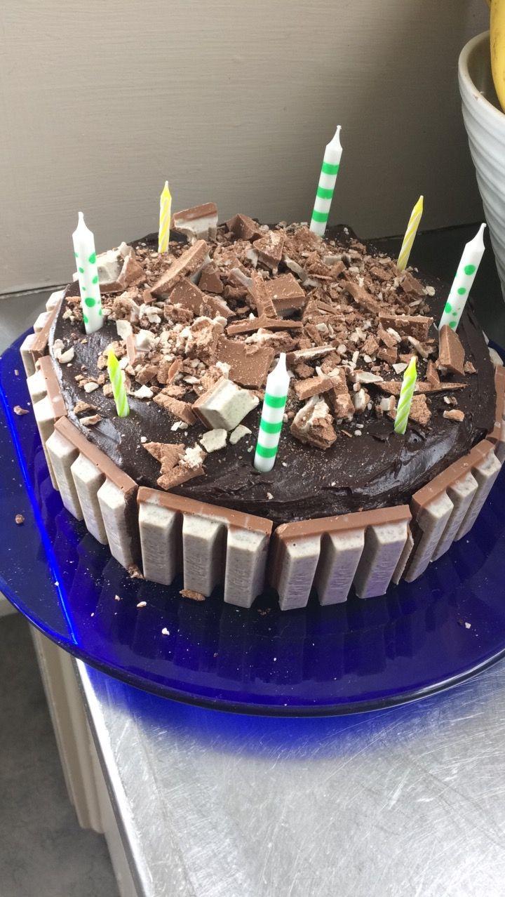 Cookies & cream kit kat birthday cake