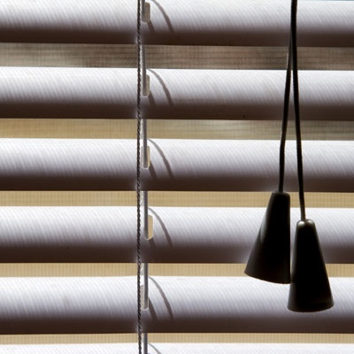 Cleaning all different kinds of blinds